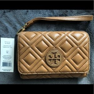 Pre-loved Authentic Tory Burch smartphone wristlet